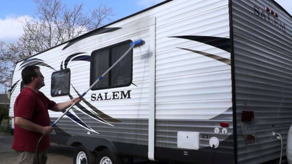 clean camper trailer