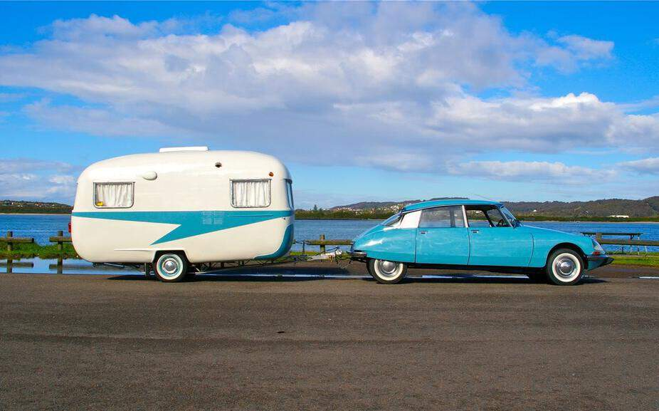 6 Steps to Towing a Caravan With an Automatic Car