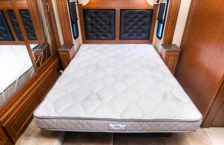 Best RV Mattress Short Queen: The Complete Guide 2018