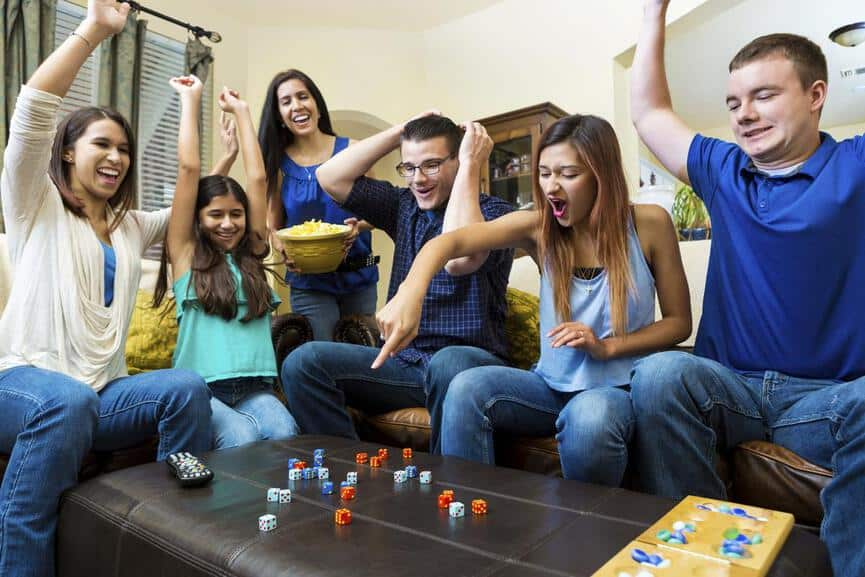 13 Fun Games to Play with Friends Indoors