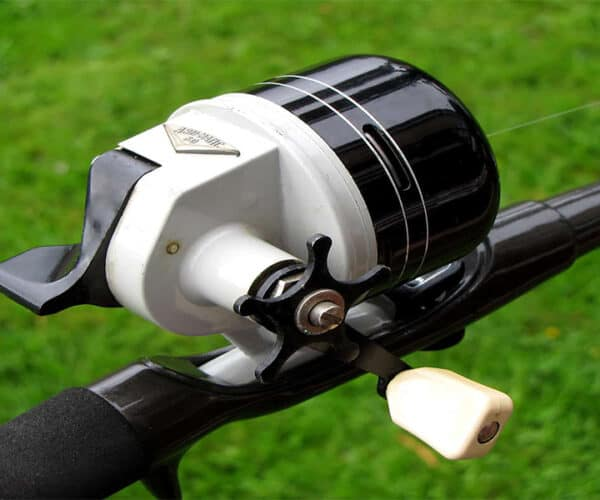 How To Spool A Spincast Reel