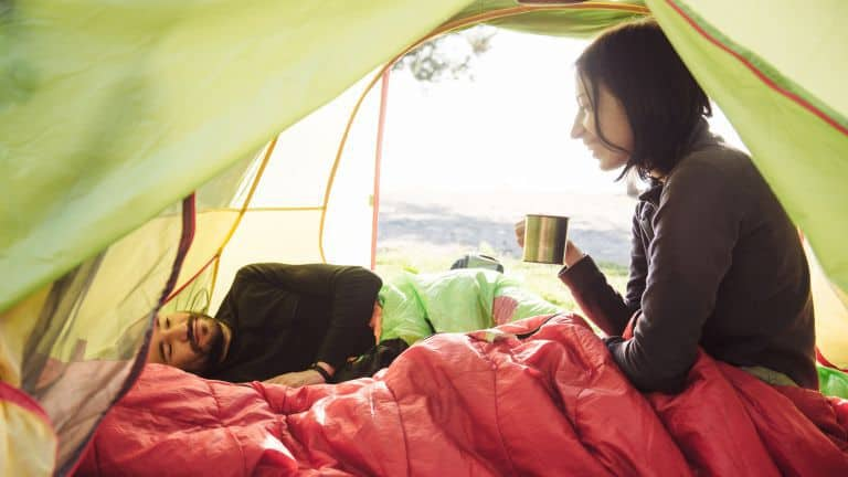 10 Sleeping Bags Alternatives for Camping and Outdoors
