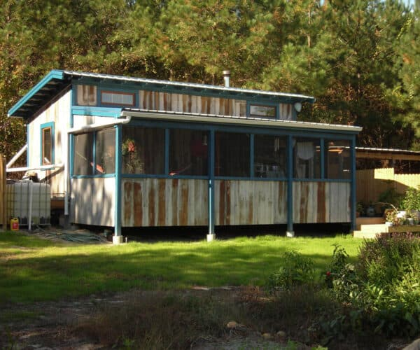How Do You Get Off The Grid On A Tiny House?